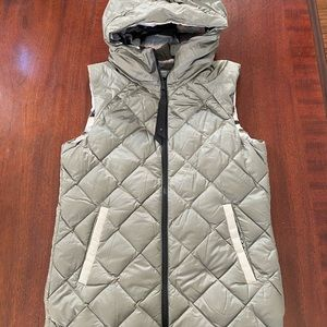 Lululemon Réversible Down Vest